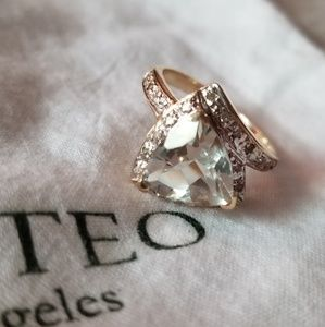 Diamond Aquamarine Gold Ring